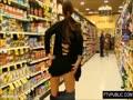 サムネイル スーパーで買い物中に露出撮影